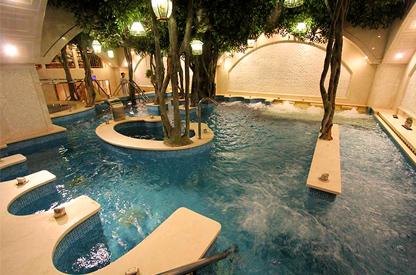 室内温泉水疗